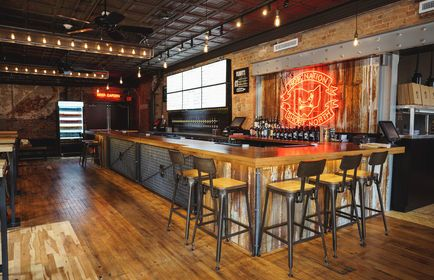 Our First Downtown Columbus Bar Can Be Found In The Short North Arts District Amongst Best Bars Restaurants