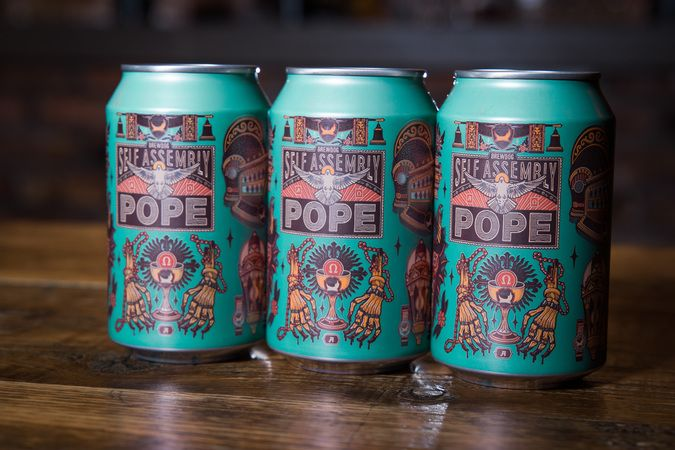 Self Assembly Pope Cans